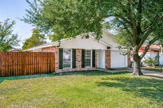 2034 Rose Hill Rd, Carrollton, TX 75007
