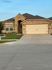 9204 Glen Mills Trl, Fort Worth, TX 76179