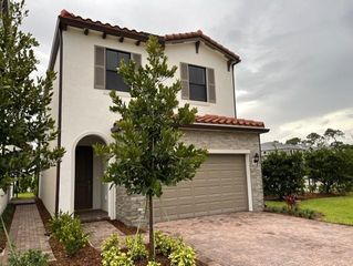 4017 Screw Pine Cv, Palm Beach Gardens, FL 33410
