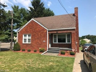 2616 Oregon Ave, Youngstown, OH 44509