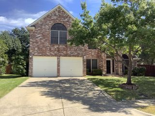 10108 Andre Dr, Irving, TX 75063