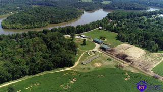 3053 Broad Ford Rd, Clarkson, KY 42726