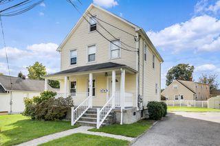 8 King St #1, Pleasantville, NY 10570