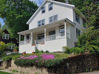 24/26 Beaconsfield Rd, Worcester, MA 01602