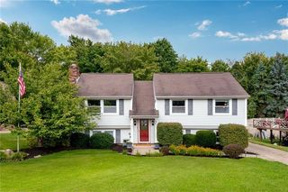 151 Walden Way, Imperial, PA 15126