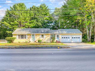 385 Main St, Cumberland, ME 04021