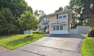 120 Lake Rd, Valley Cottage, NY 10989