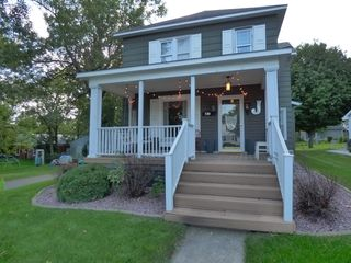 720 4th Ave, Windom, MN 56101