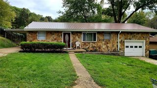 2806 18th Ave, Vienna, WV 26105