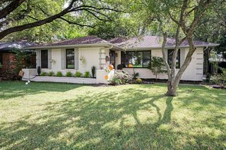 9810 Shadydale Ln, Dallas, TX 75238