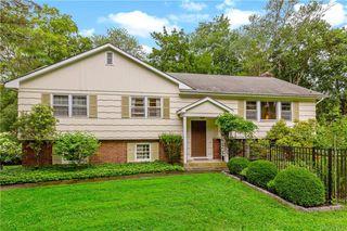 359 Cedar Dr W, Briarcliff Manor, NY 10510