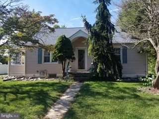 79 Lindale Ave, Williamstown, NJ 08094