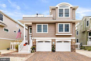 16 E Sailboat Ln, Long Beach Township, NJ 08008