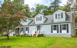 20 Woodland Dr, Lock Haven, PA 17745