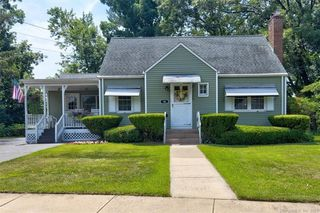 36 French Rd, Manchester, CT 06042