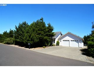 87891 Limpit Ln, Florence, OR 97439