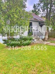 14401 Edgewood Ave, Cleveland, OH 44128