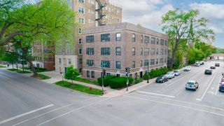 602 Lake St #2, Evanston, IL 60201