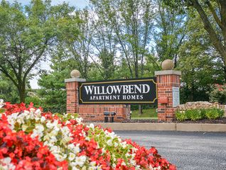 14343 Willowbend Park Town, Chesterfield, MO 63017