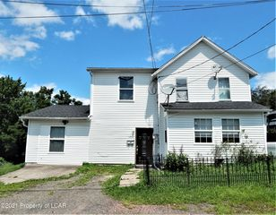 139 Howard St, Larksville, PA 18704