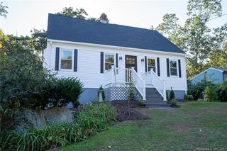 15 2nd Ave, Old Saybrook, CT 06475