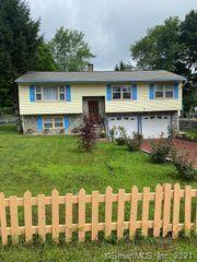 568 Chipman Street Ext, Waterbury, CT 06708