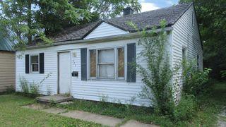 523 Harvey St, Danville, IL 61832