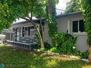8321 NW 12th St, Pembroke Pines, FL 33024