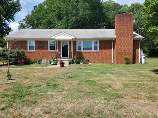3018 Dulwich Dr, North Chesterfield, VA 23234