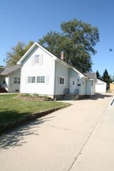 835 7th St NW, Rochester, MN 55901