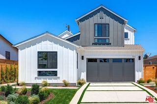 752 Hartzell St, Pacific Palisades, CA 90272