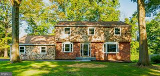 130 Heartwood Dr, Lansdale, PA 19446