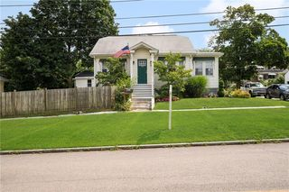 158 Brightridge Ave, East Providence, RI 02914