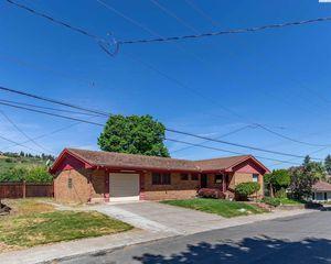 702 S East St, Colfax, WA 99111
