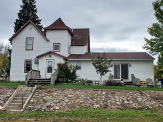 102 Lincoln Ave, Milan, MN 56262