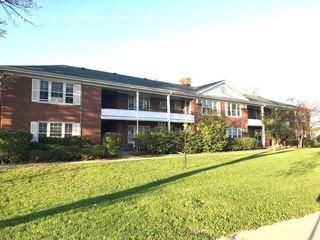 1620 W Dempster St, Park Ridge, IL 60068