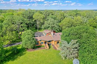 4621 Ringwood Rd, Ringwood, IL 60072