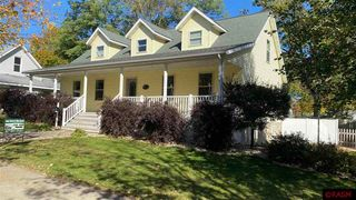 423 W College Ave, Saint Peter, MN 56082