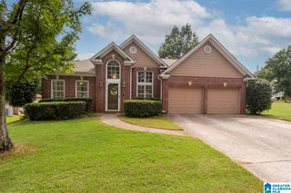 2484 Mountain Dr, Hoover, AL 35226