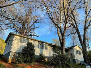 5392 Murrays Ln, Covesville, VA 22931