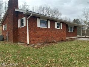 2803 17th Ave, Parkersburg, WV 26101