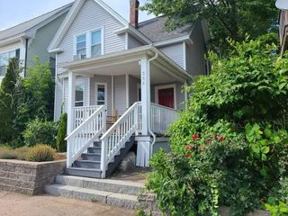 386 Spruce St, Manchester, NH 03103