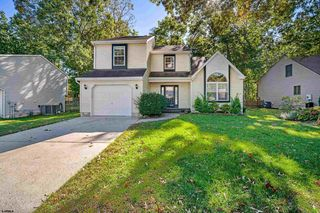 515 Cornwall Dr, Absecon, NJ 08205