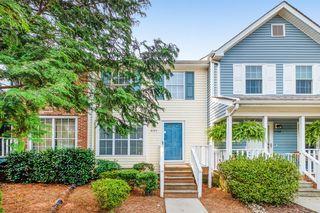 8104 Circle Tree Ln, Charlotte, NC 28277