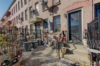 237A Hart St, Brooklyn, NY 11206