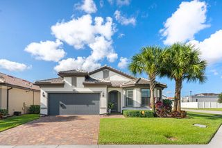 8280 Hanoverian Dr, Lake Worth, FL 33467