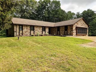 975 Dunning Rd, New Franklin, OH 44614