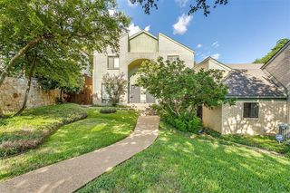 2615 McCart Ave, Fort Worth, TX 76110
