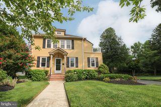 509 Irving Ct, Moorestown, NJ 08057
