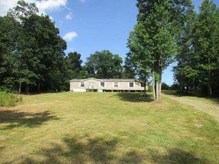 205 Robert Simmons Rd, Graysville, TN 37338